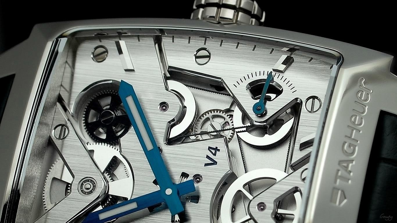 TAG Heuer Monaco V4 platinum Limited Edition