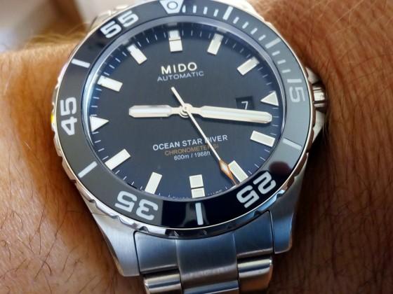 Mido Ocean Star Diver 600 Si COSC